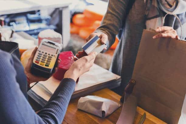 O que é cartão de crédito consignado?
